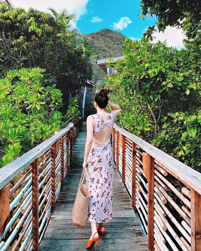 Có 5 kiểu váy các sao Việt đang diện tới diện lui, bạn cứ sắm theo là mặc đẹp nguyên hè - Ảnh 13.