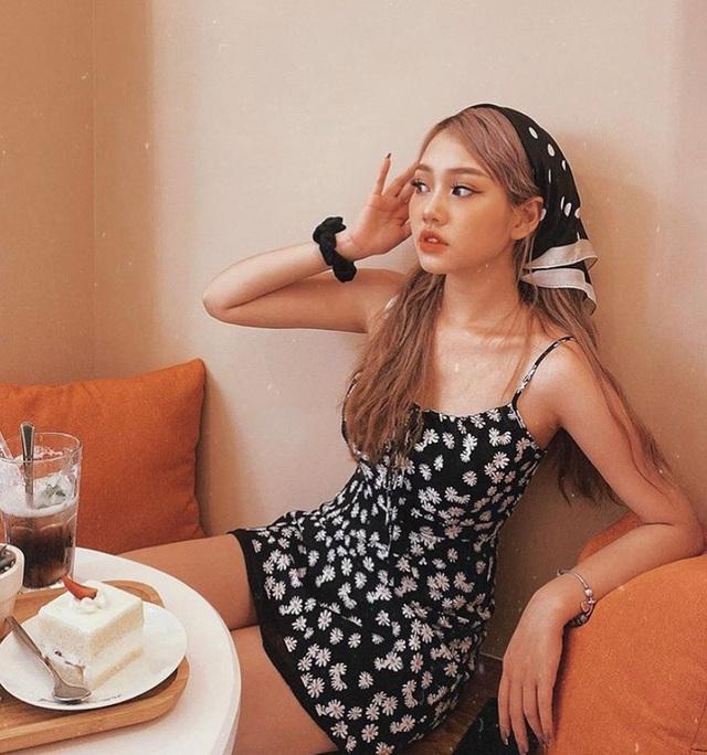 Có 5 kiểu váy các sao Việt đang diện tới diện lui, bạn cứ sắm theo là mặc đẹp nguyên hè - Ảnh 3.