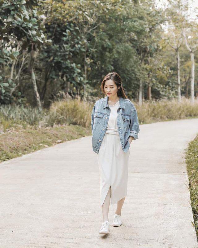 Suốt ngày diện đồ trắng, cô nàng này chưa bao giờ thất bại trong việc mặc đẹp từ công sở ra phố - Ảnh 10.