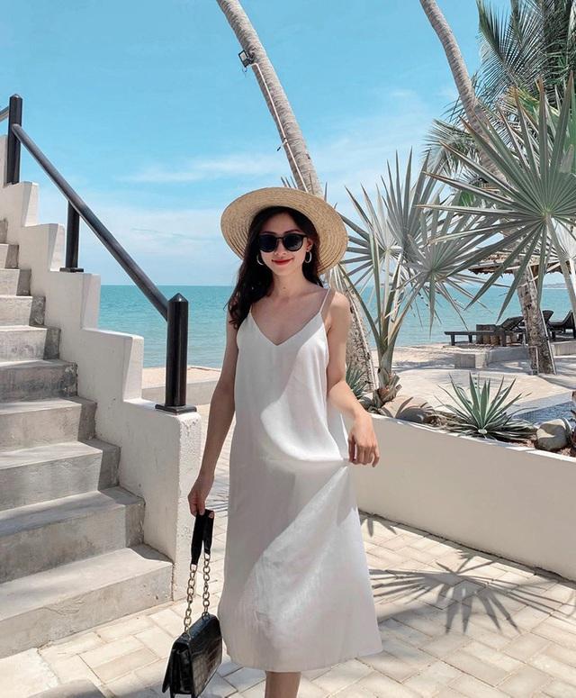 Có 5 kiểu váy các sao Việt đang diện tới diện lui, bạn cứ sắm theo là mặc đẹp nguyên hè - Ảnh 10.