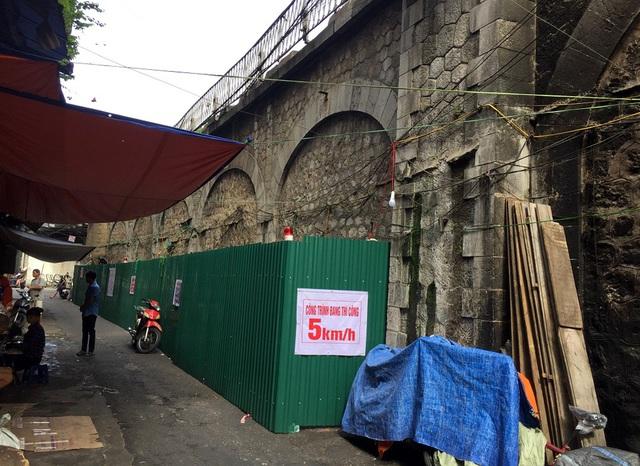 Hà Nội triển khai giai đoạn 2 đục thông vòm cầu Phùng Hưng, mở rộng không gian phố cổ - Ảnh 3.
