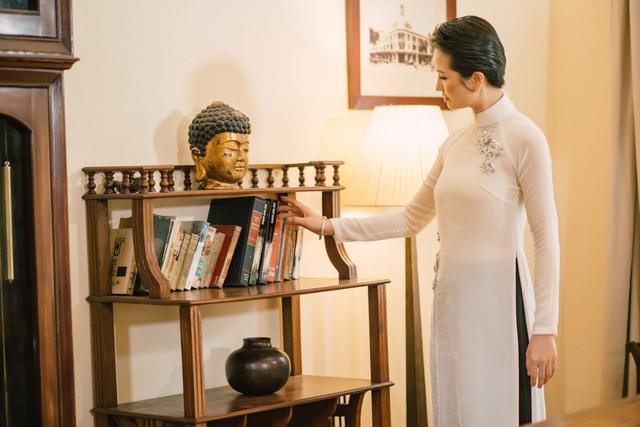 """Hoa hậu được yêu thích nhất 2008 """"biến hoá"""" áo dài giữa Đà Lạt thơ mộng - Ảnh 6."""