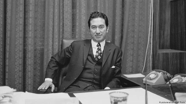 Vua sòng bài Macau dù sống thọ 98 tuổi, con đàn cháu đống, tài sản kếch xù nhưng đến khi qua đời vẫn không mua được tâm nguyện cuối cùng - Ảnh 1.