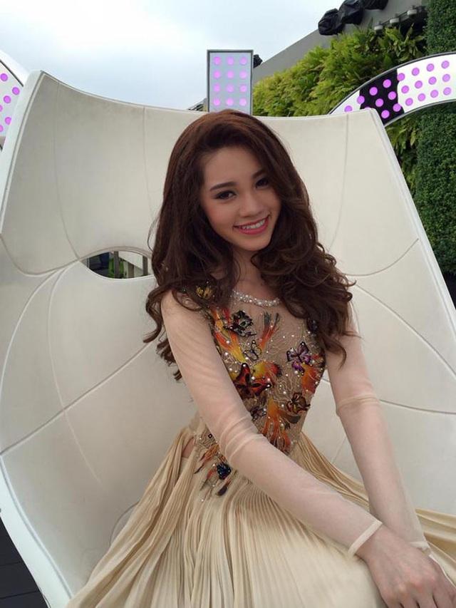 Cận cảnh nhan sắc thật của hoa hậu Jolie Nguyễn khi chưa phẫu thuật thẩm mỹ - Ảnh 3.