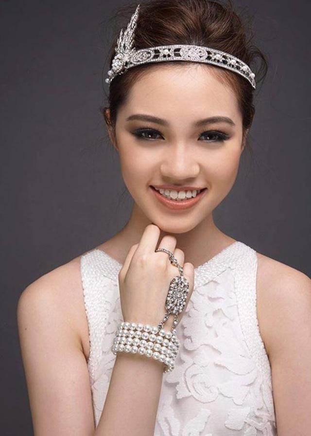 Cận cảnh nhan sắc thật của hoa hậu Jolie Nguyễn khi chưa phẫu thuật thẩm mỹ - Ảnh 4.