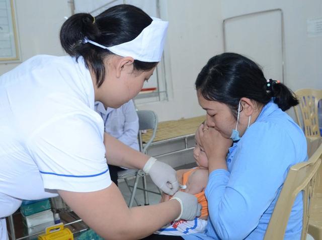 Thanh Hóa: Tiêm bổ sung vắc xin bạch hầu, uốn ván cho trẻ trên quy mô toàn tỉnh - Ảnh 1.