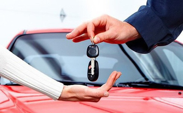 Vay ngân hàng mua ô tô, sống bất an vì bị xiết nợ, cẩu mất xe - Ảnh 2.