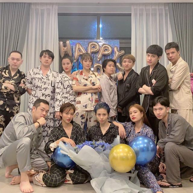 Tình bạn hơn 10 năm trong showbiz của nhóm gia đình văn hóa Đông Nhi - Ông Cao Thắng - Ảnh 12.