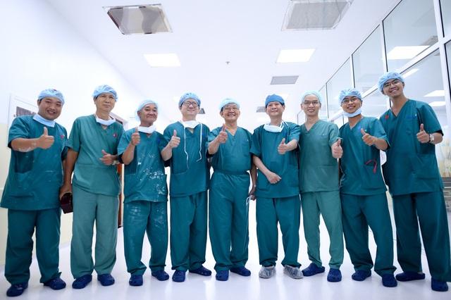 Cuộc đại phẫu đặc biệt tách song sinh dính liền - Ảnh 22.