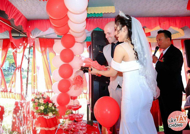 Lần gặp đầu bị 9X Quảng Ngãi úp đĩa đồ ăn, ngày cưới rể Mỹ chấp hết họ nhà gái - Ảnh 7.