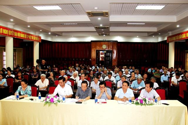 Phú Thọ tổ chức tọa đàm cung cấp kiến thức về chăm sóc sức khỏe người cao tuổi - Ảnh 3.