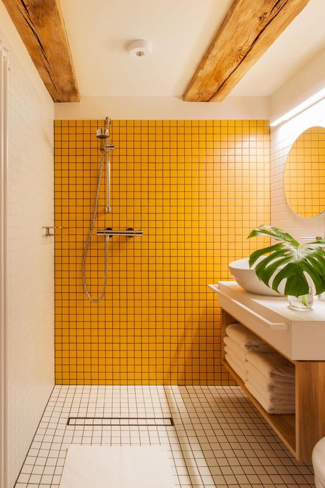 Những bí mật trang trí tường phòng tắm tạo nên không gian vui nhộn, đặc sắc - Ảnh 3.
