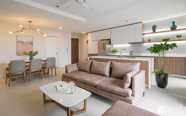 Chiêm ngưỡng sự hòa trộn của phong cách Scandinavian và Minimalism chỉn chu đến từng chi tiết trong căn hộ 100m² ở Tây Hồ, Hà Nội - Ảnh 1.