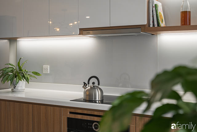 Chiêm ngưỡng sự hòa trộn của phong cách Scandinavian và Minimalism chỉn chu đến từng chi tiết trong căn hộ 100m² ở Tây Hồ, Hà Nội - Ảnh 8.