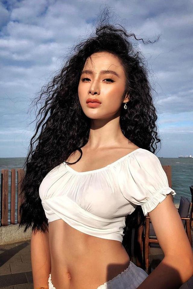 Cuộc sống giản dị khó tin của Angela Phương Trinh sau khi rời khỏi showbiz - Ảnh 1.