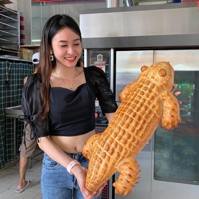 Bánh mì đen như than và những kiểu độc lạ chỉ có ở Việt Nam - Ảnh 8.