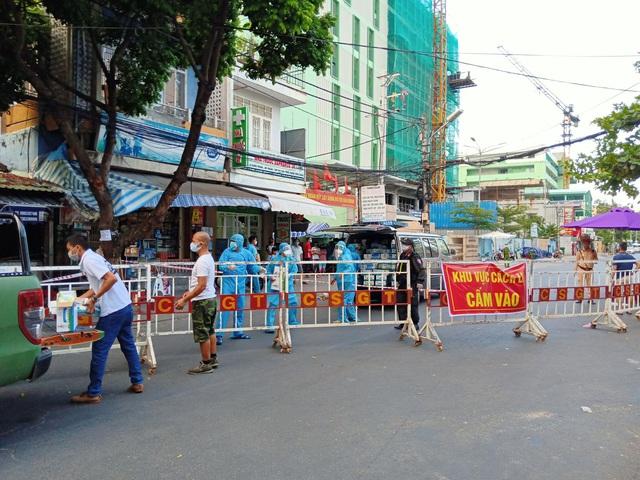 Gần 7.000 tình nguyện viên, thanh niên, sinh viên Y  đăng ký tiếp ứng cho trận chiến chống COVID-19  tại Đà Nẵng - Ảnh 2.