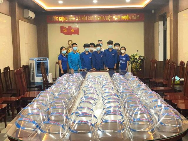 Gần 7.000 tình nguyện viên, thanh niên, sinh viên Y  đăng ký tiếp ứng cho trận chiến chống COVID-19  tại Đà Nẵng - Ảnh 5.