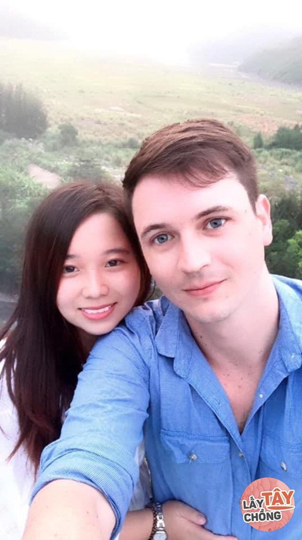 Chàng Nam Phi phải lòng cô gái Hải Phòng, ngày cưới ôm nhau khóc nức - Ảnh 4.