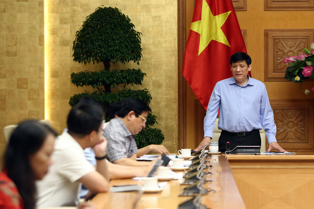 Phó Thủ tướng: Các địa phương, đặc biệt thành phố lớn, phải tăng cường siết chặt biện pháp phòng chống dịch COVID-19 - Ảnh 3.