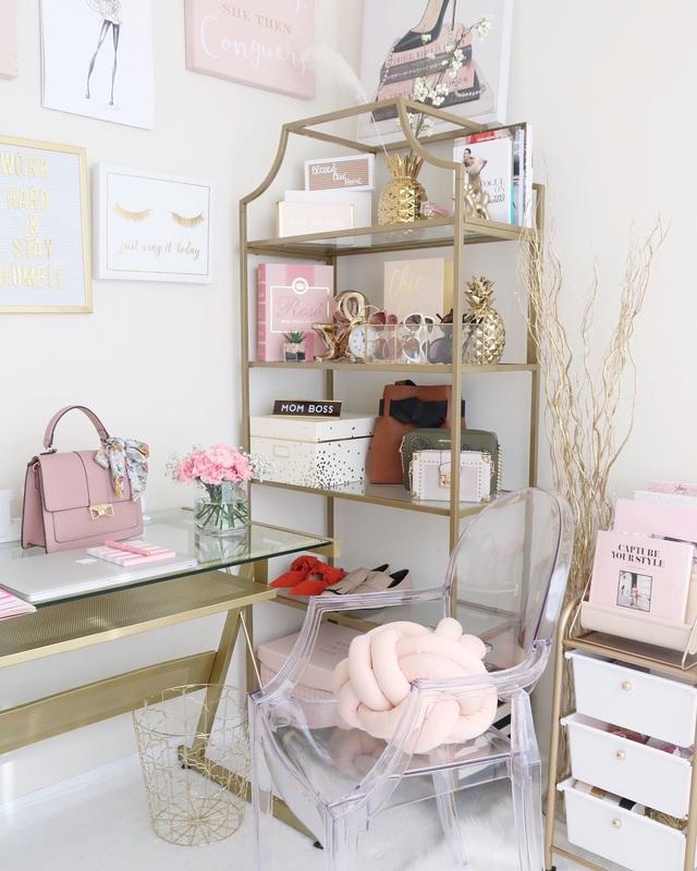 Những ý tưởng trang trí góc làm việc màu hồng ngọt ngào và mát lạnh dành cho các cô nàng đổi gió trong hè - Ảnh 5.