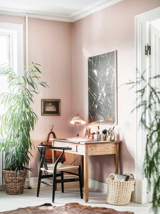 Những ý tưởng trang trí góc làm việc màu hồng ngọt ngào và mát lạnh dành cho các cô nàng đổi gió trong hè - Ảnh 8.