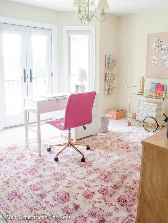 Những ý tưởng trang trí góc làm việc màu hồng ngọt ngào và mát lạnh dành cho các cô nàng đổi gió trong hè - Ảnh 9.