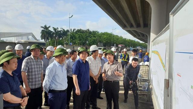 Bí thư Thành ủy Hà Nội kiểm tra nhiều dự án giao thông Hà Nội và ấn định thời gian hoàn thành - Ảnh 3.