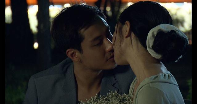 Vẻ điển trai của thầy giáo hot nhất màn ảnh Thanh Sơn - Ảnh 1.