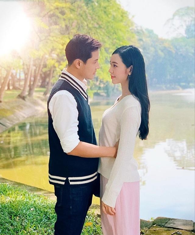 Vẻ điển trai của thầy giáo hot nhất màn ảnh Thanh Sơn - Ảnh 2.
