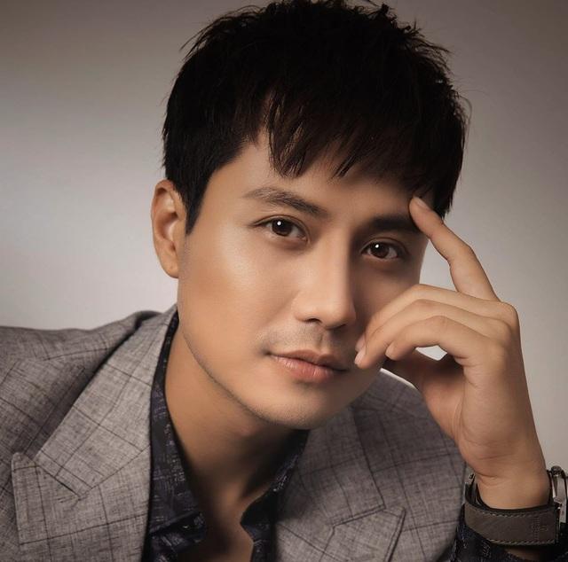 Vẻ điển trai của thầy giáo hot nhất màn ảnh Thanh Sơn - Ảnh 5.