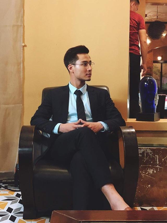 Vẻ điển trai của thầy giáo hot nhất màn ảnh Thanh Sơn - Ảnh 7.