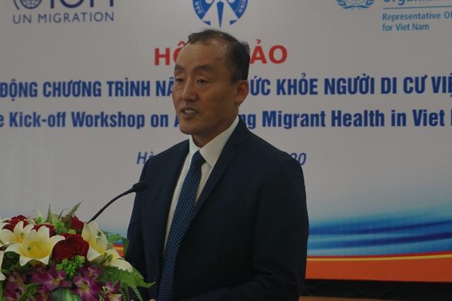 Cần giải pháp nâng cao sức khỏe cho người di cư Việt Nam - Ảnh 3.