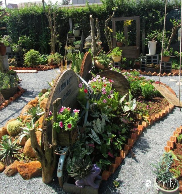Chỉ tốn hơn 1 triệu đồng, mẹ trẻ biến hình mảnh đất nhỏ trở thành khu vườn trồng xương rồng, sen đá đẹp mê mẩn ở Đà Lạt - Ảnh 23.