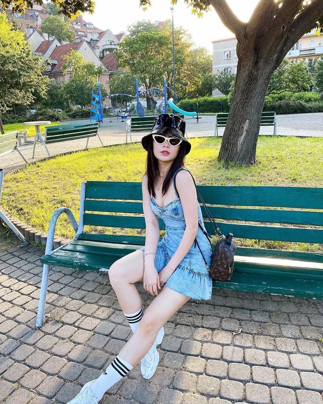Á hậu Diễm Trang mắc kẹt ở nước ngoài hơn 3 tháng, lý do vì sao? - Ảnh 10.