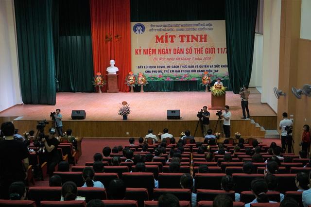 Hà Nội tổ chức Mít tinh kỷ niệm Ngày Dân số Thế giới 11/7 - Ảnh 2.