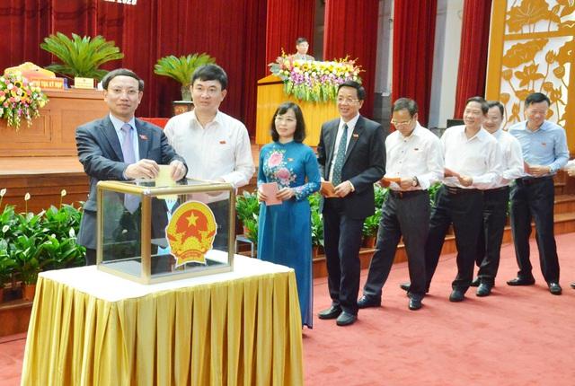 Nữ Phó Chủ tịch UBND tỉnh Quảng Ninh vừa trúng cử từng là phóng viên - Ảnh 1.