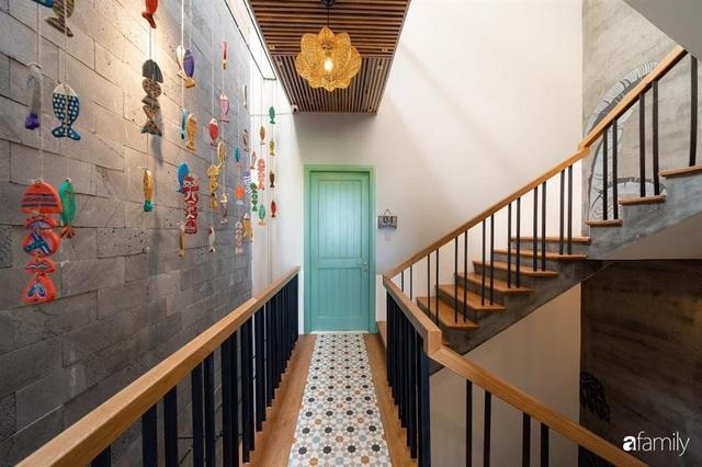Với chi phí 3 tỉ đồng, gia đình trẻ hoàn thiện căn nhà với nội thất theo tiêu chuẩn khách sạn 4 sao ở Hội An - Ảnh 21.