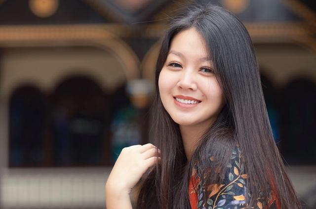 Vẻ xinh đẹp của MC Hồng Nhung Cà phê sáng - Ảnh 11.