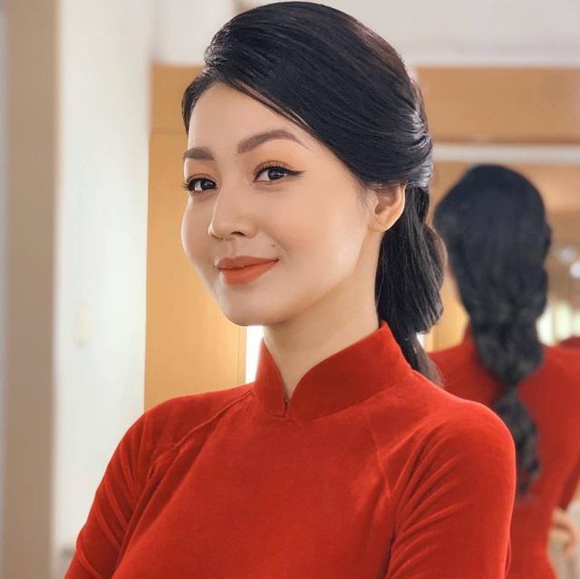 Vẻ xinh đẹp của MC Hồng Nhung Cà phê sáng - Ảnh 16.