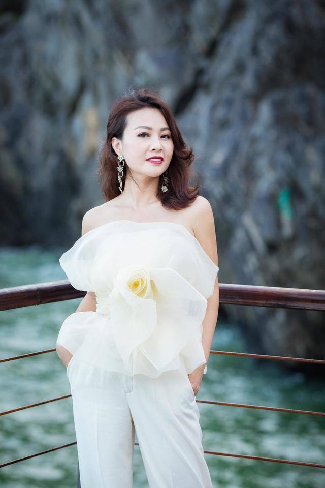 Điều ít biết về vợ xinh đẹp của NSƯT Đăng Dương - Ảnh 8.