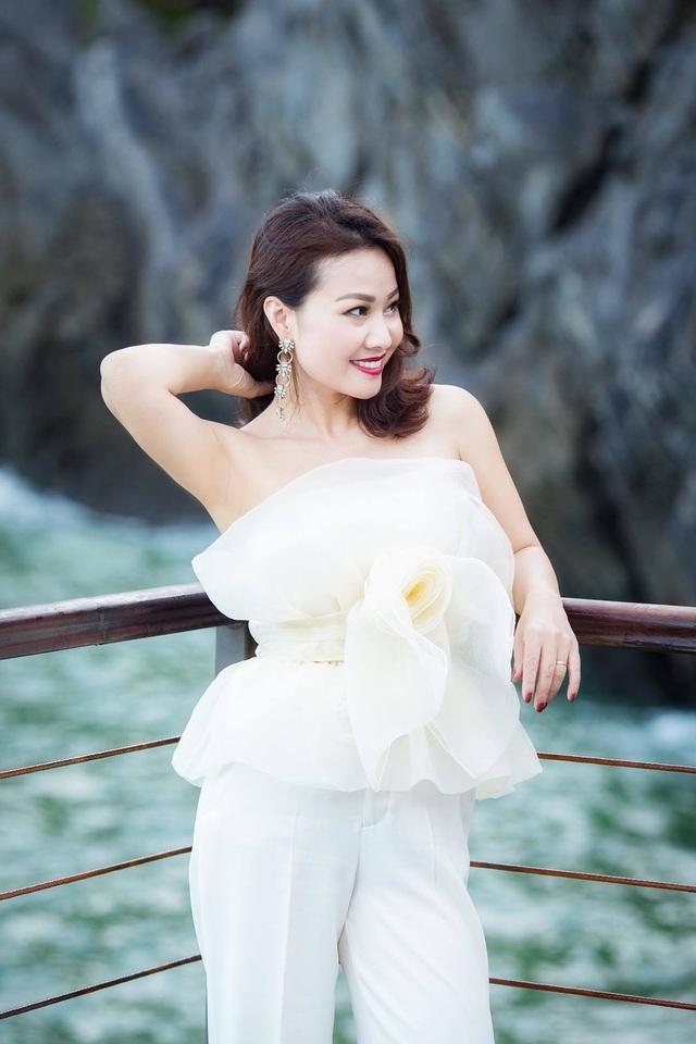 Điều ít biết về vợ xinh đẹp của NSƯT Đăng Dương - Ảnh 10.