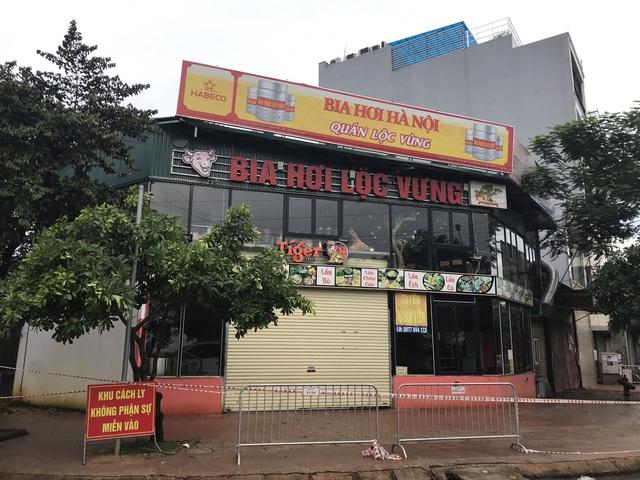 Hà Nội: Phong tỏa, cách ly, truy tìm những người từng đến quán bia hơi Lộc Vừng - Ảnh 2.