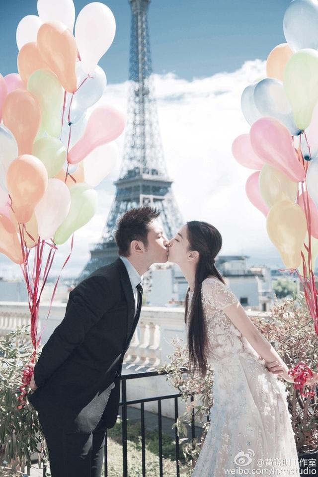 Phát hiện chi tiết trùng hợp không ngờ trong bức ảnh ngôn tình của vợ chồng Nguyễn Trọng Hưng và cặp đôi Huỳnh Hiểu Minh - Angelababy - Ảnh 6.