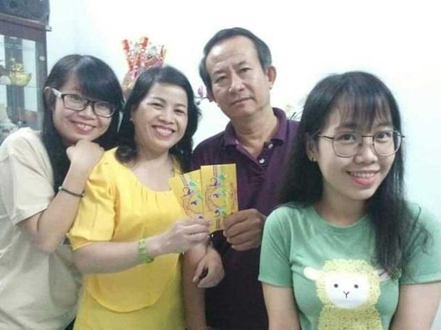 Hạnh phúc đong đầy của gia đình sinh con một bề là gái - Ảnh 1.