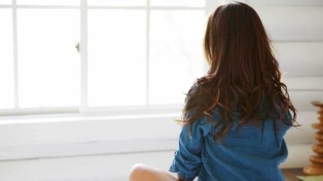 Nếu thấy triệu chứng này sau khi quan hệ thì cần đi khám ngay, ở chị em có thể là dấu hiệu 5 bệnh phụ khoa, ở nam giới thường là viêm tuyến tiền liệt - Ảnh 3.