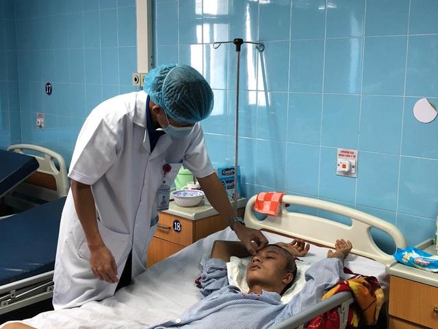 Quảng Bình: Cứu sống bệnh nhân bị lồi não sau tai nạn  - Ảnh 1.
