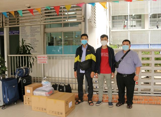 Bác sĩ Bệnh viện Chợ Rẫy ra Đà Nẵng hỗ trợ Bệnh viện phổi Đà Nẵng - Ảnh 2.