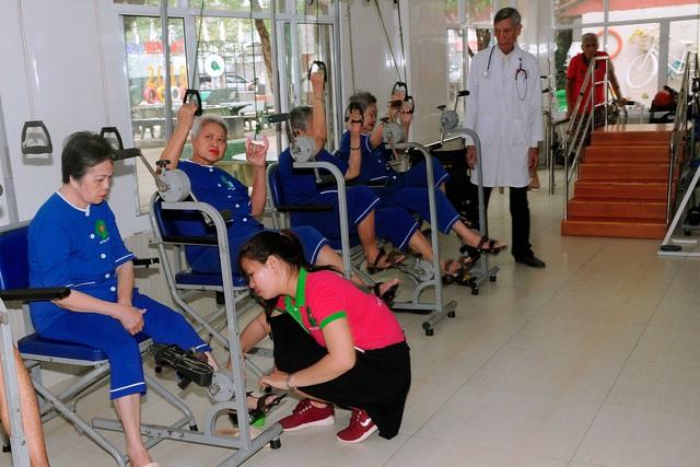 Khám phá cuộc sống của các cụ già ở Viện dưỡng lão hàng đầu Việt Nam - Ảnh 4.