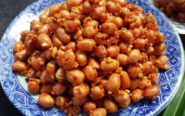 Tự làm 4 món ăn vặt từ đậu phộng - Ảnh 2.